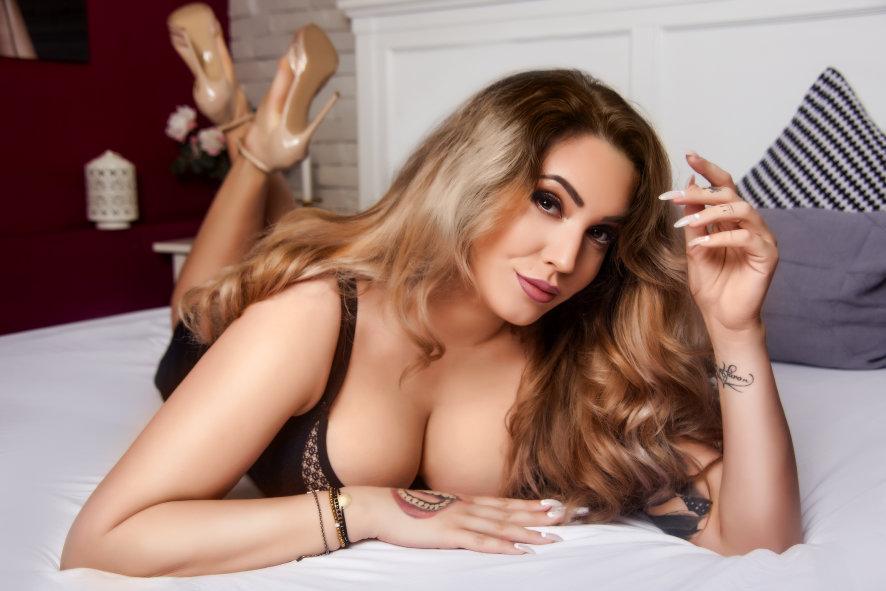 Naughtyangelica Cam Model Profile | Stripchat
