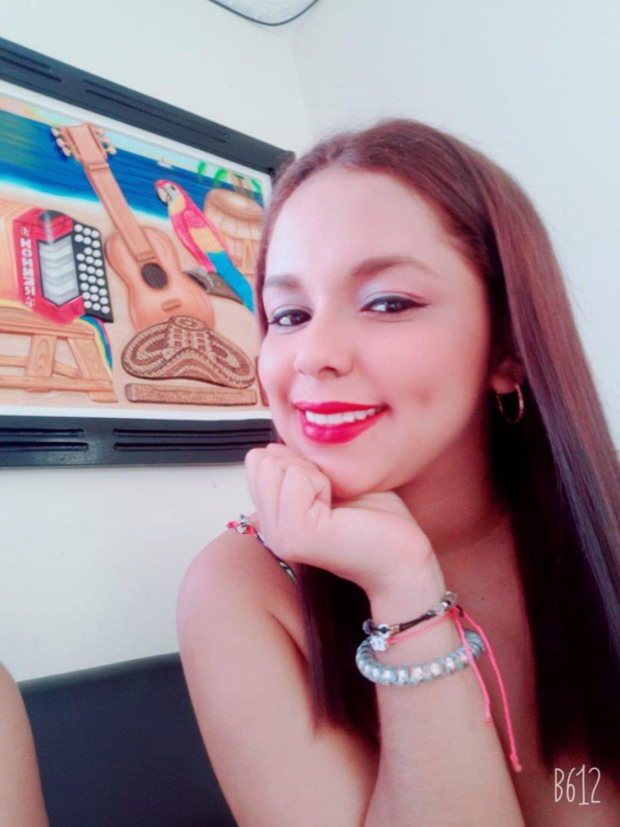 AnyaFox Webcam Model Profile   superchatlive