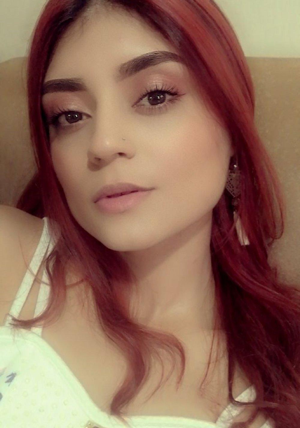 Alahna_ at StripChat