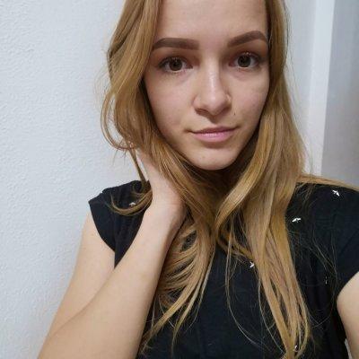 Elvina_Cherry Live