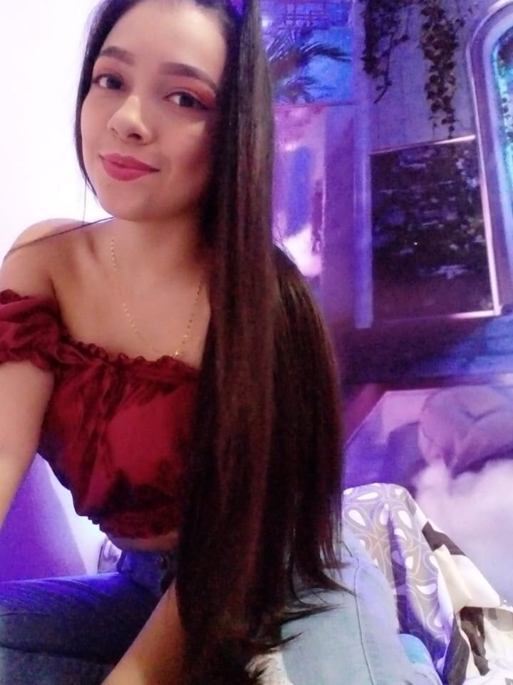 Watch dulce_sol live on cam at StripChat
