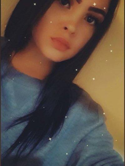 _Adelina_ Cam