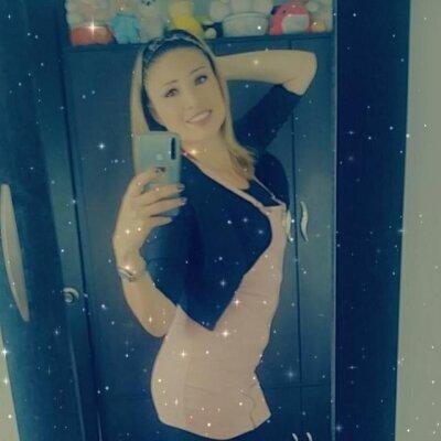 Celestee_bt
