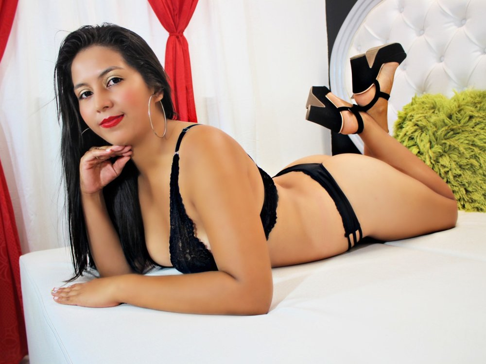 AntonellaGuzman at StripChat