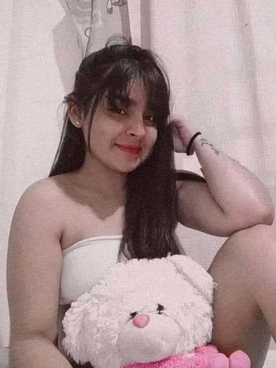 Watch VainillaHot live on cam at StripChat
