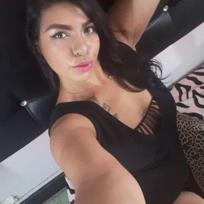 Xaiberviolet_hot