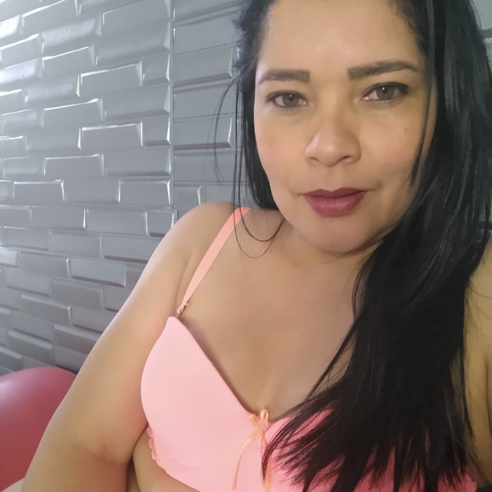 abdisha_mature at StripChat
