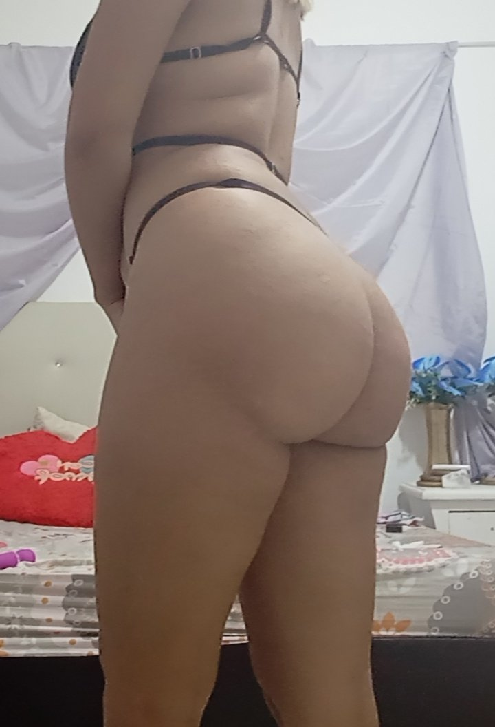 puccamilf at StripChat
