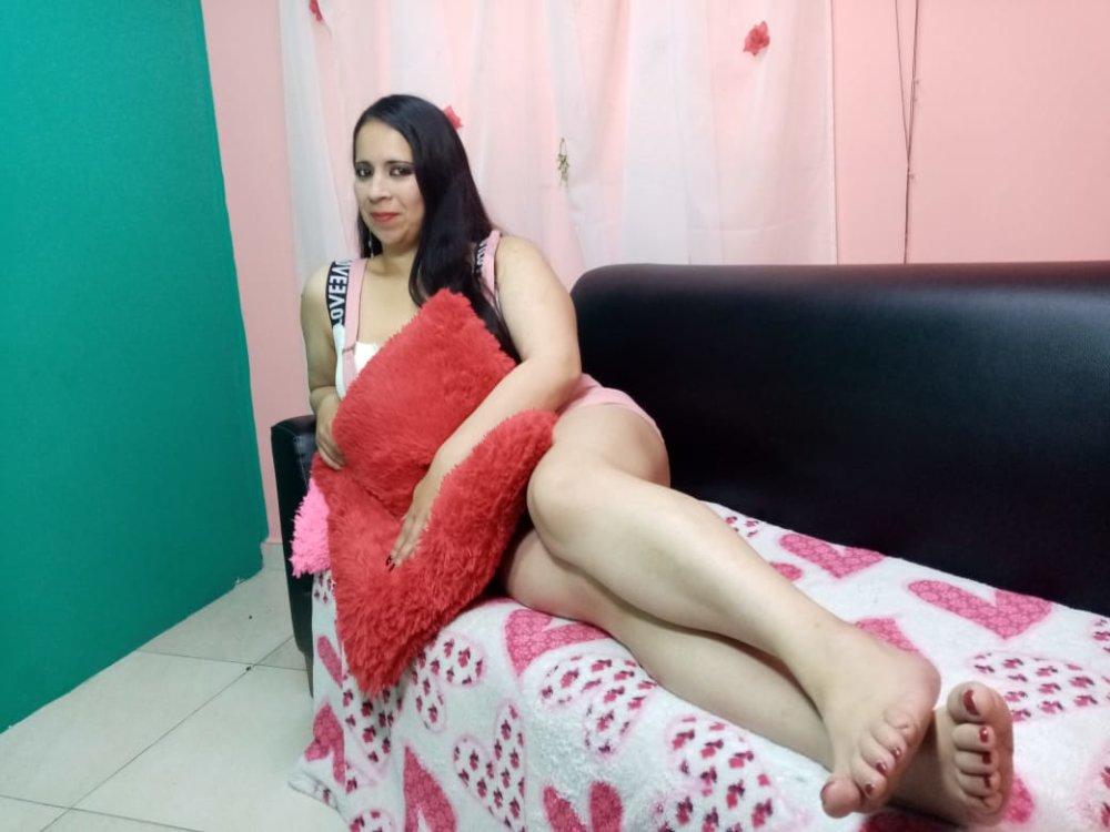 dulce_c01 at StripChat