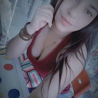 Caroliine_
