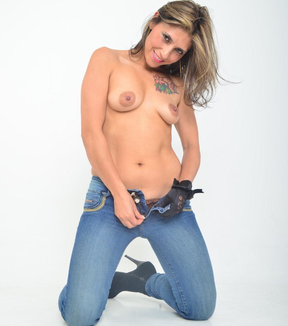 sammyhott1 at StripChat