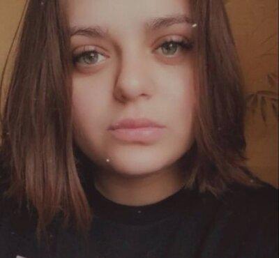 Tina_Lo