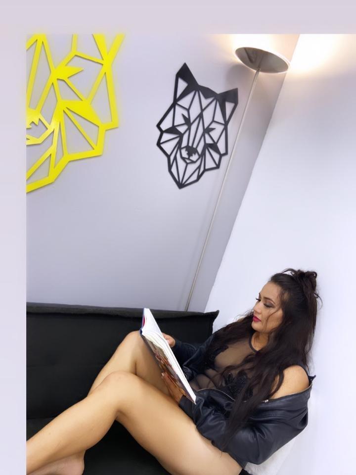 Roxana_Vacchi at StripChat