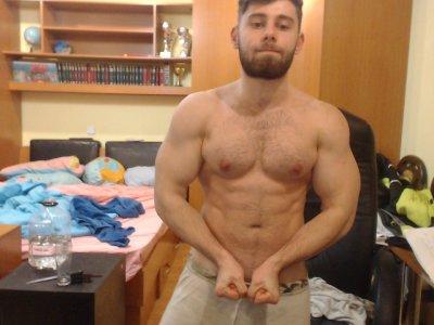 Steve_muscle