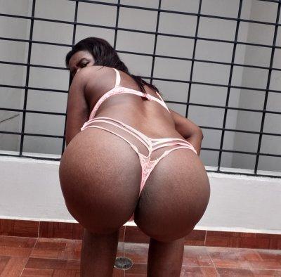 Ebony_sussy
