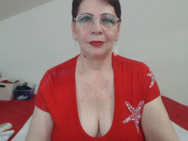 sexygranyR at StripChat