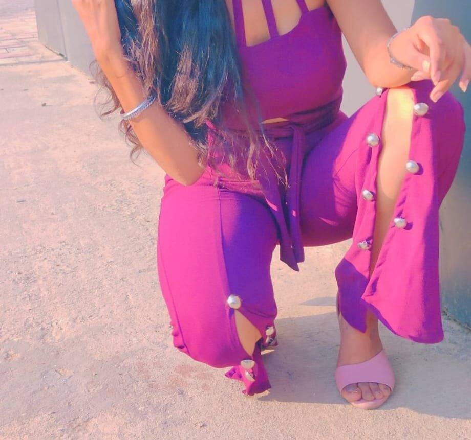 Aanya_love at StripChat