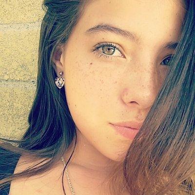 Mia_Cambell