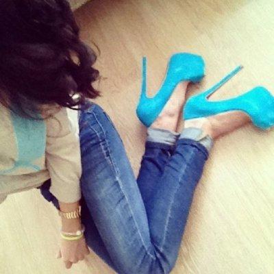 Julia_Hot_