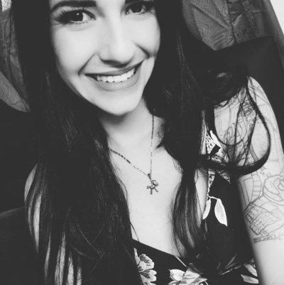 Zoe_Jolie
