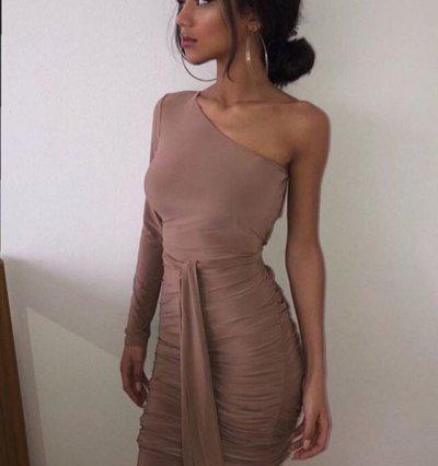 Gaby_brunette