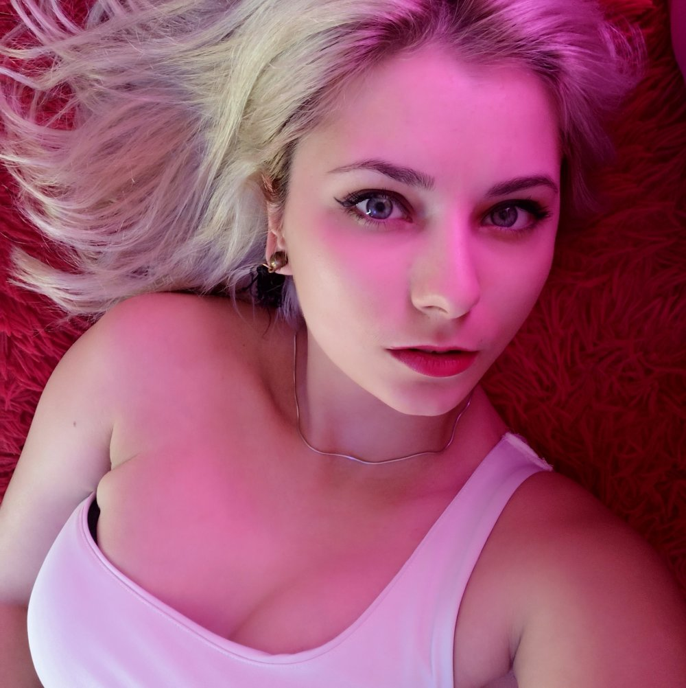 MilanaMellie at StripChat