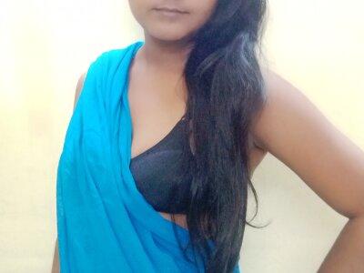 Desi_Alia