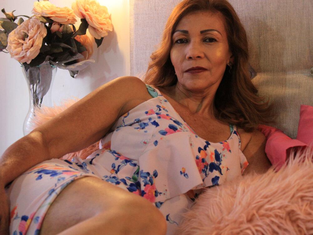 Renata_Salinas at StripChat