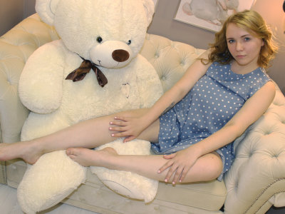 Lily_Gold Cam