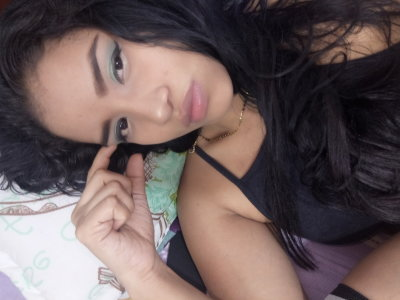 Monica_squirt Live