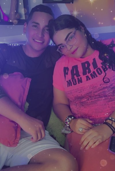 Hot_Couple_2020