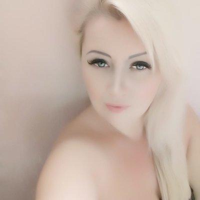 lucia_smile