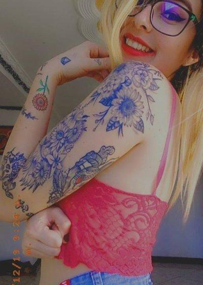 Camila_weezt
