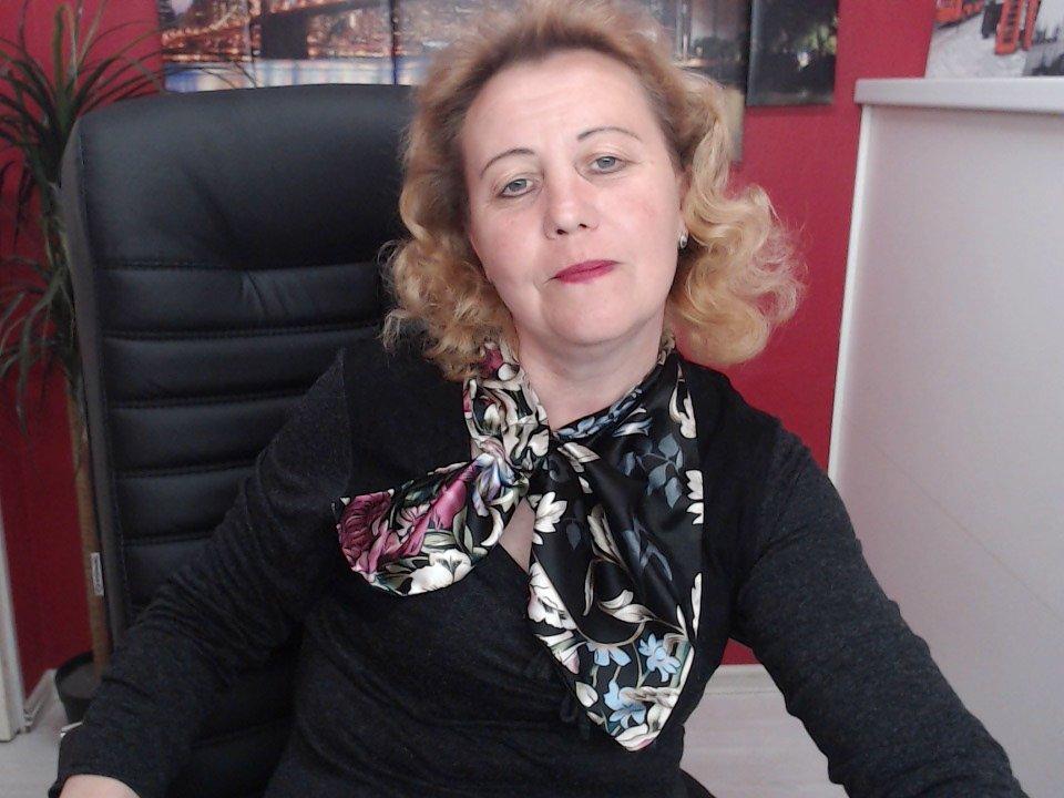 MarthaYen at StripChat