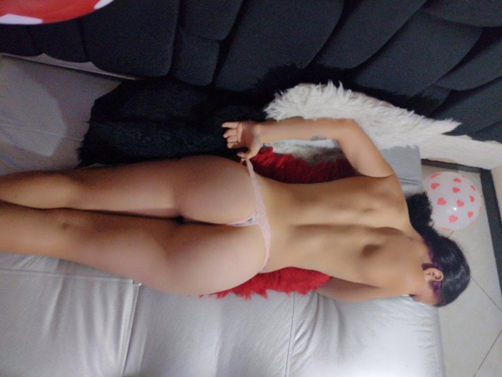 annya_taylor_ at StripChat