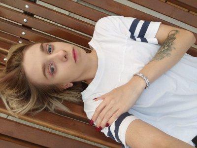 Ellie_Fray