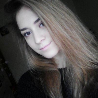 Kelly_Crystal