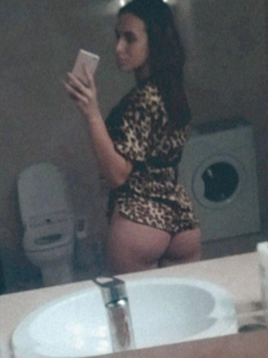 Foxy_sexy_ at StripChat