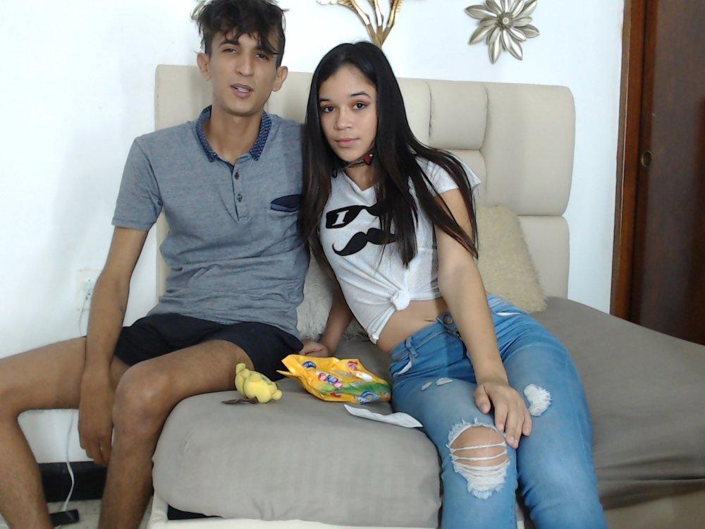 couple_erotic_100 at StripChat