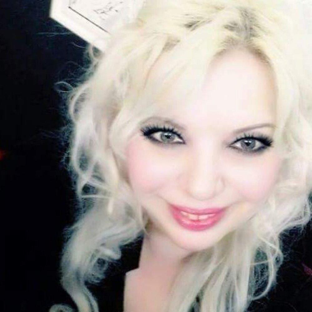 SonyaHotMilf at StripChat