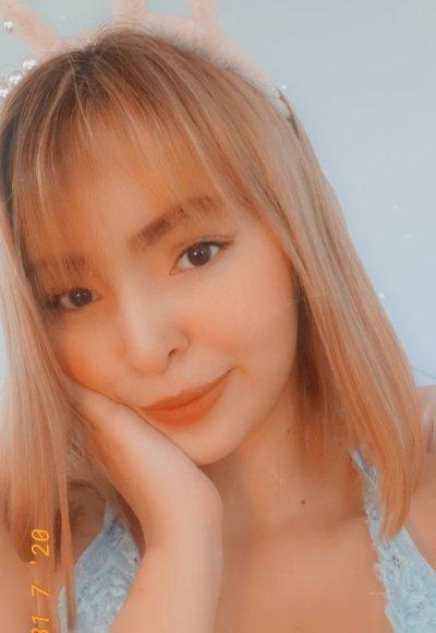 Nicolette_18