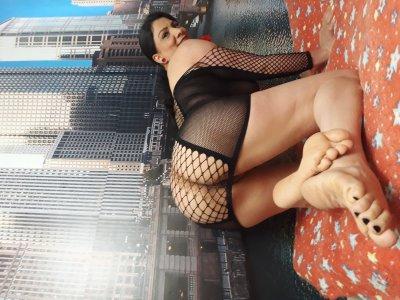 Laura_hot69