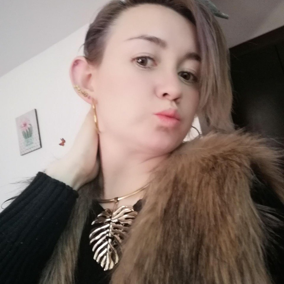 Watch Sweet_alisson_ live on cam at StripChat