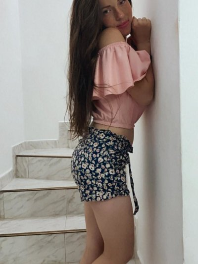 Lia_sweet_18