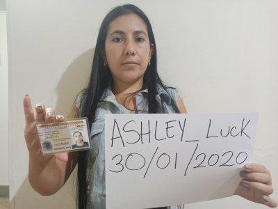 Ashley_luck_ Live