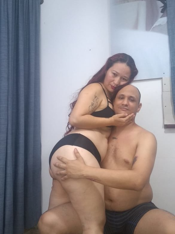 Meloncillo_And_BabyLiss at StripChat