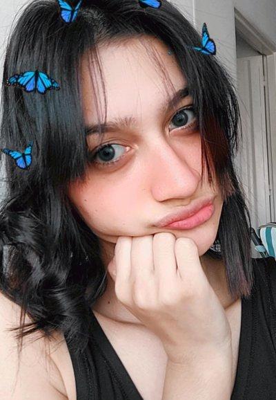Anniee_7