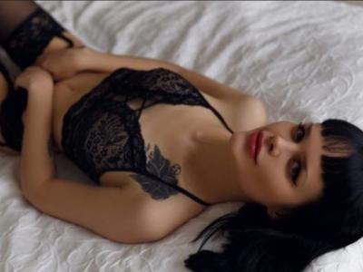 Alexandra_Lil