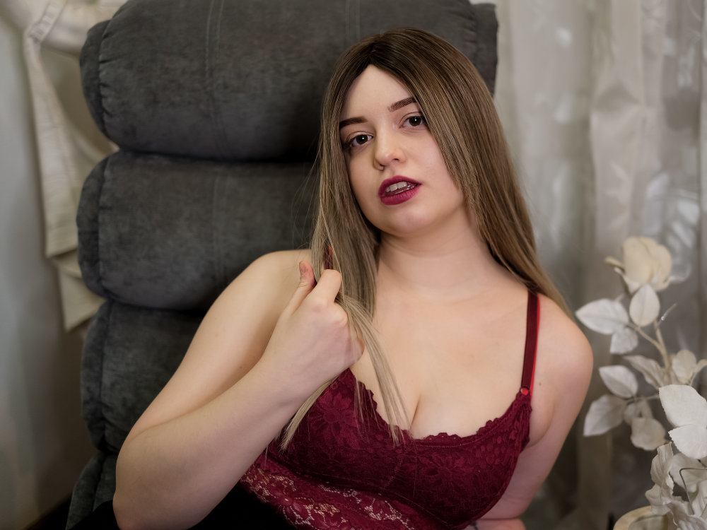SophieMrrr at StripChat