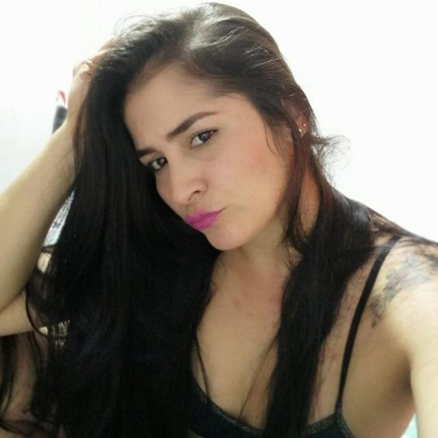 Watch KorinaOneill live on cam at StripChat
